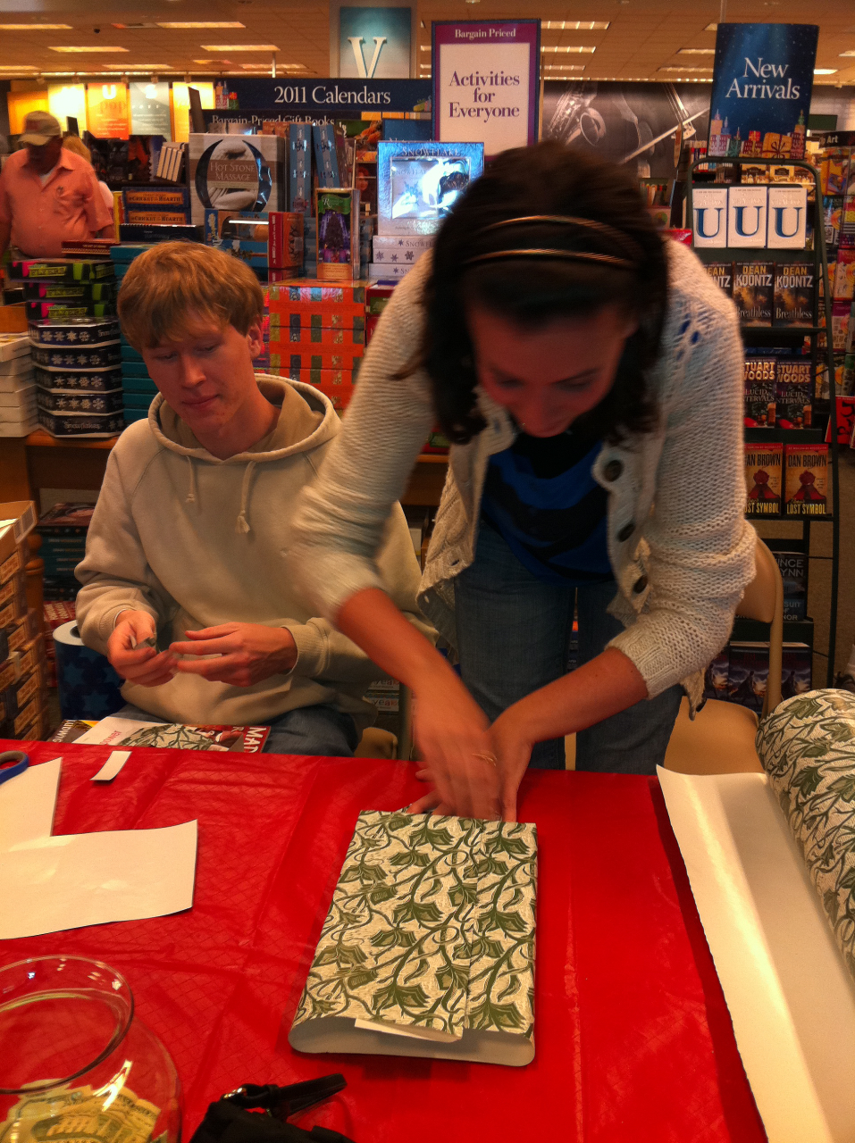Teen Advisory Team Council Helps Gift Wrap Shoppers' Books at ...