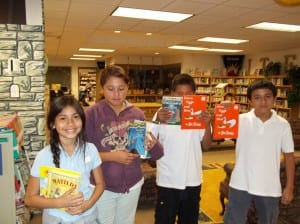 LTES_PHOTO_2girls2boys_withBooks_byDanielPerez