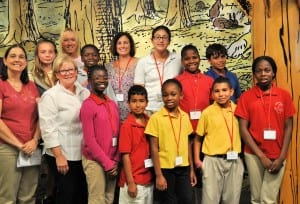 1 GTES Int Top Readers Book Awards 214 Field Trip Vice Mayor Margaret Dee Sulick - Group ALL