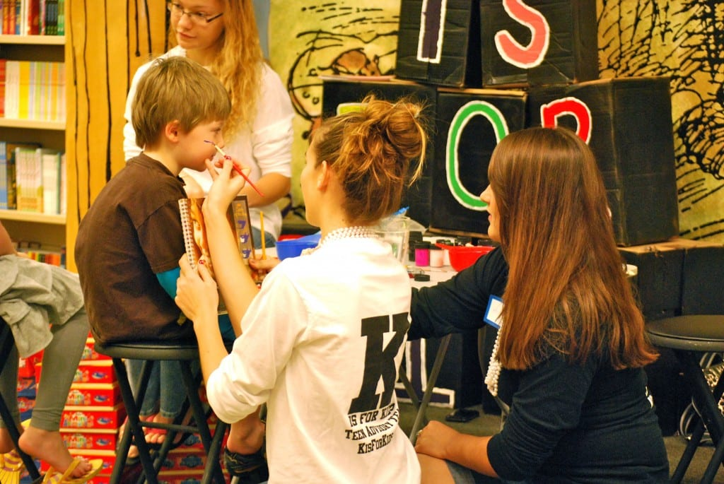 k4kids_BookFair_2012_Waterside_ThreeTeensFacePainting_byNicoleCasey