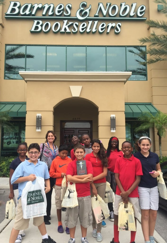 GTES-Intermed - Top Readers 2015 - Barnes Noble - Students leave with bags of books
