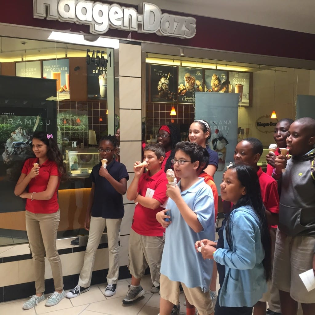 GTES-Intermed - Top Readers 2015 - Haagen Dazs fave group with ice cream