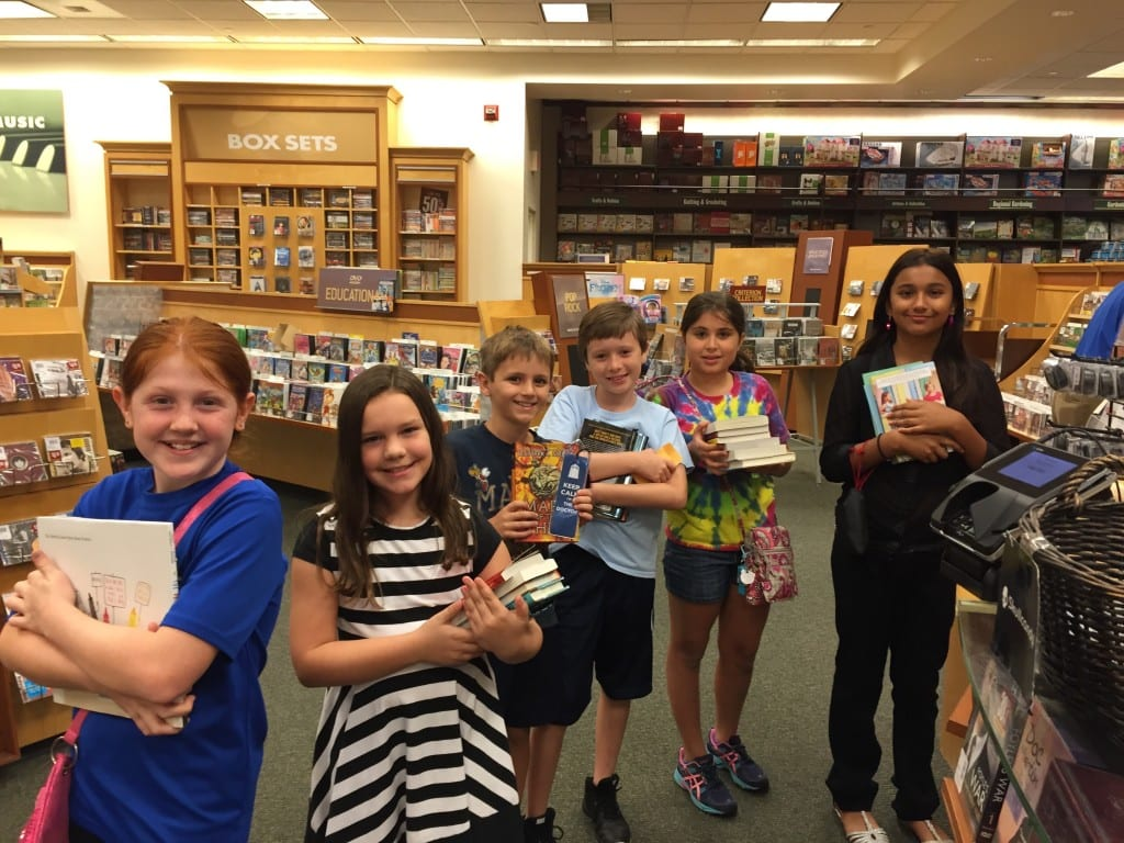 LOES Top Reader Book Awards 2015 - 1 (2)