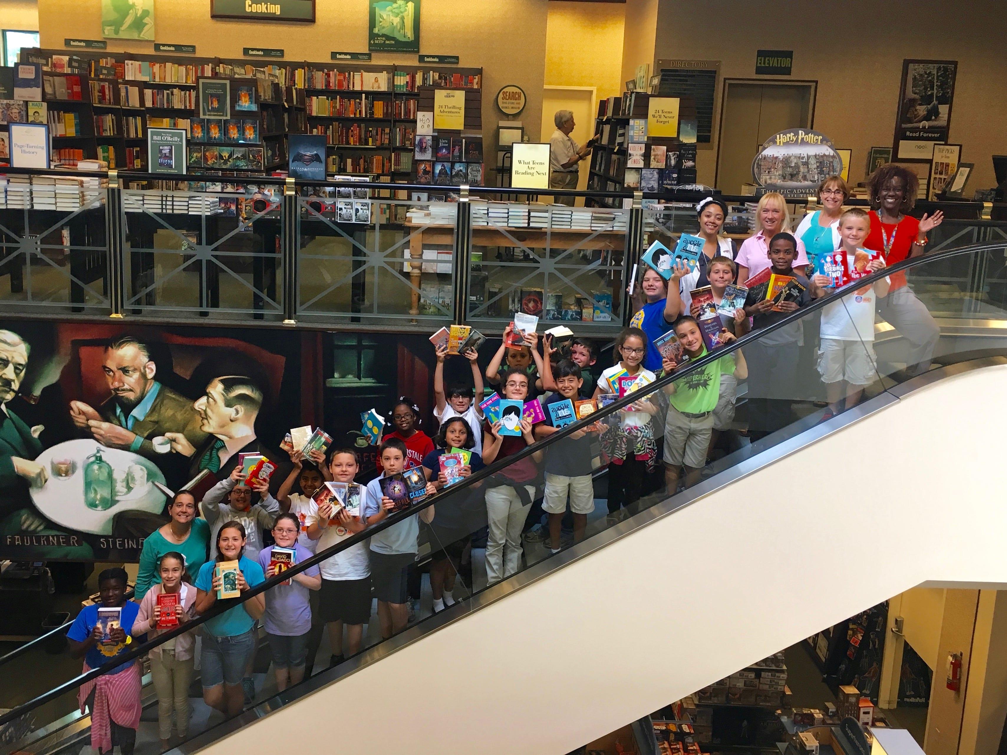 Image Gallery Escalator School